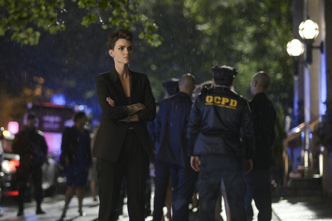 Kate Kane (Ruby Rose) - Bildquelle: Sergei Bachlakov 2019 The CW Network, LLC. All rights reserved. / Sergei Bachlakov