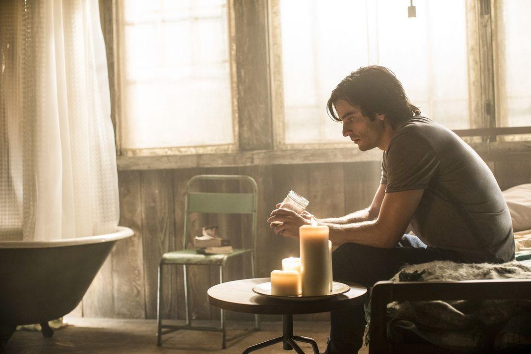 Nachdem Killian (Daniel DiTomasso) das Gift genommen hat, erscheint ihm Freya. Doch sein Glück wird schnell getrübt ... - Bildquelle: 2014 Twentieth Century Fox Film Corporation. All rights reserved.