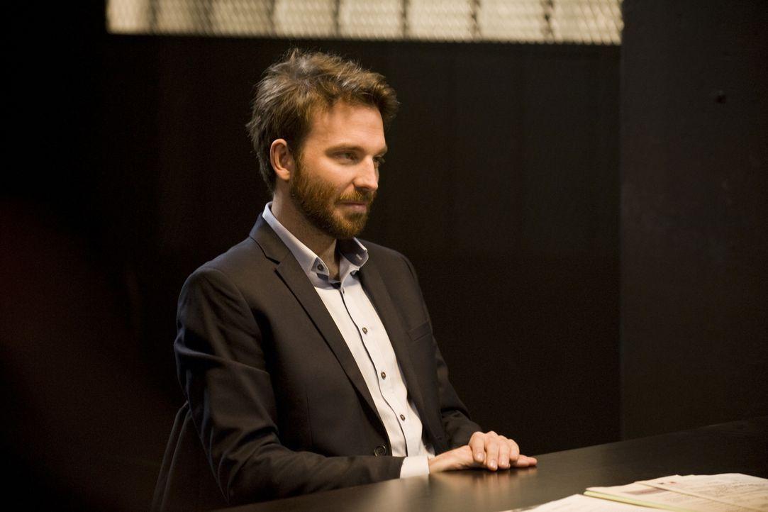 Leidet Gabriel Mangin (Martin Mallet) wirklich an einer schizophrenen Störung oder ist er einfach nur ein guter Schauspieler? - Bildquelle: Jaïr Sfez 2012 BEAUBOURG AUDIOVISUEL / Jaïr Sfez