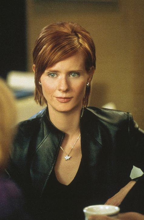 Miranda (Cynthia Nixon) findet sich damit ab, dass sie sich momentan, was Männer betrifft, wohl in Verzicht üben muss ... - Bildquelle: Paramount Pictures