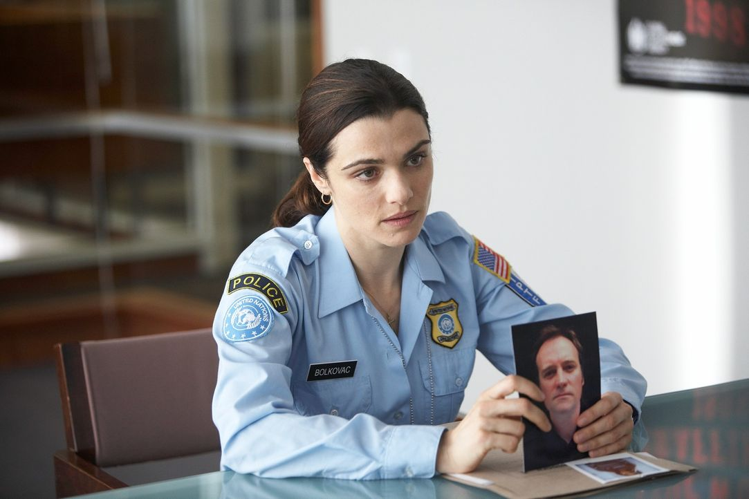 Kann Kathryn (Rachel Weisz) die entführten und völlig verängstigten Mädchen, die als Sexsklavinnen gehalten werden, dazu überreden, eine Aussage zu... - Bildquelle: 2010 Whistleblower (Gen One) Canada Inc. and Barry Films GmbH