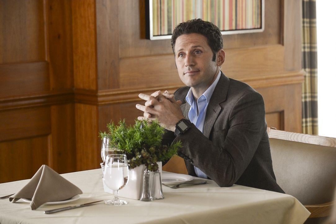 Dr. Hank Lawson (Mark Feuerstein) - Bildquelle: David Giesbrecht 2012 USA Network Media, LLC / David Giesbrecht