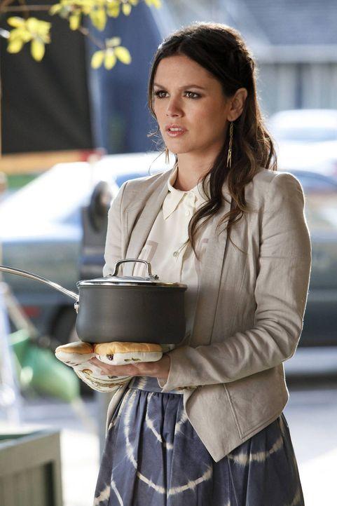 Noch ist Zoe (Rachel Bilson) sich sicher, dass George ihr Schicksal ist ... - Bildquelle: Warner Bros.