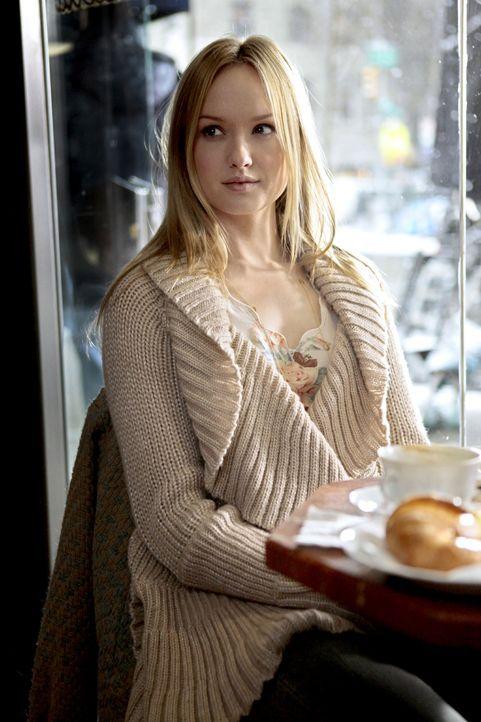 Steht ihrer Schwester in deren schwerer Zeit bei: Charlie (Kaylee DeFer) ... - Bildquelle: Warner Bros. Television