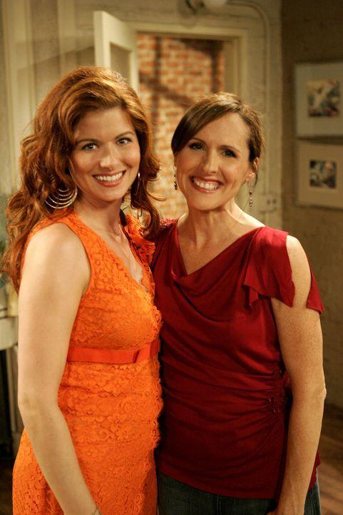 Anonyme Alkoholiker: Grace (Debra Messing, l.) und Val (Molly Shannon, r.) ... - Bildquelle: Chris Haston 2003 NBC, Inc. All rights reserved.