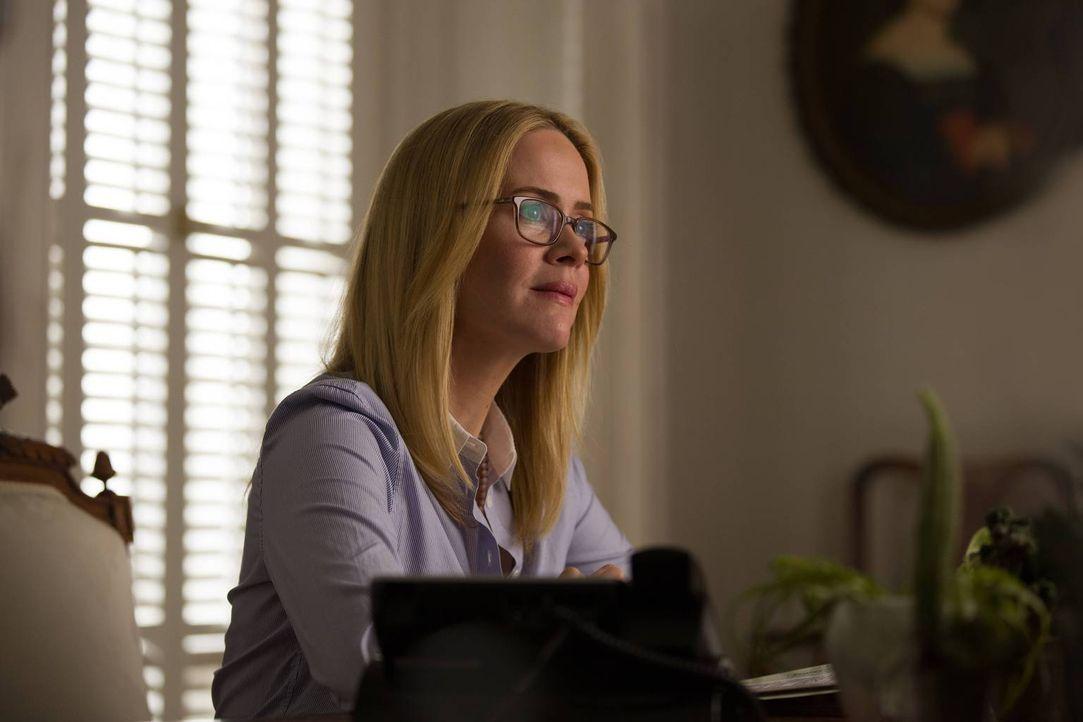 Hat Cordelia (Sarah Paulson), ohne es zu wissen, dem Bösen in die Hände gespielt? - Bildquelle: 2013-2014 Fox and its related entities. All rights reserved.