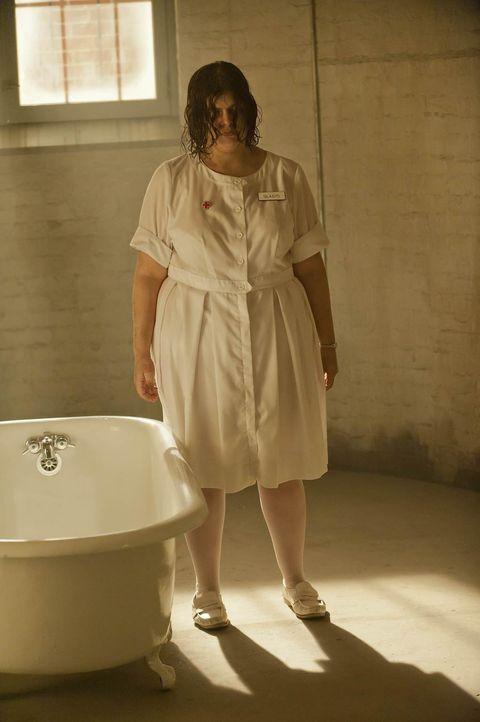 Auch der Geist der ermordeten Gladys (Celia Finkelstein) findet keine Ruhe ... - Bildquelle: 2011 Twentieth Century Fox Film Corporation. All rights reserved.