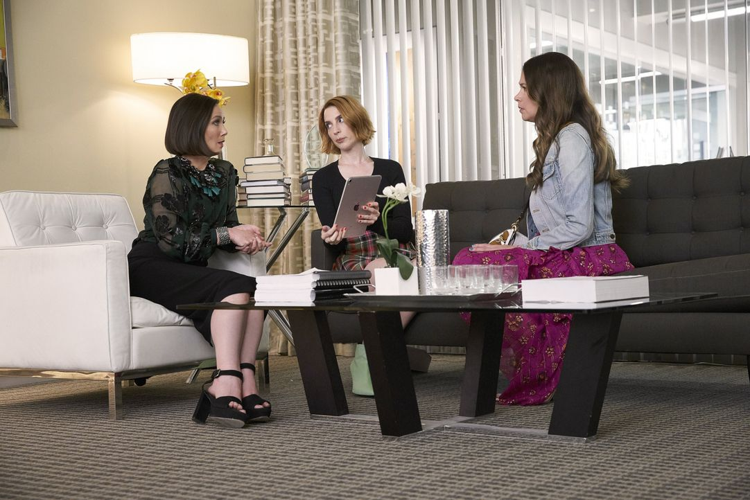 (v.l.n.r.) Diana Trout (Miriam Shor); Lauren Heller (Molly Bernard); Liza Miller (Sutton Foster) - Bildquelle: 2019 Viacom International Inc. All Rights Reserved