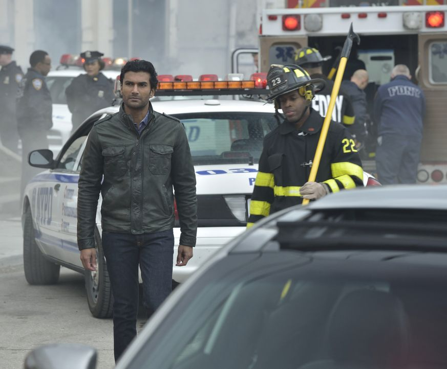 Auch Gabe (Sendhil Ramamurthy) ist auf der Suche nach Muirfield. Wird er Erfolg haben? - Bildquelle: 2012 The CW Network, LLC. All rights reserved.