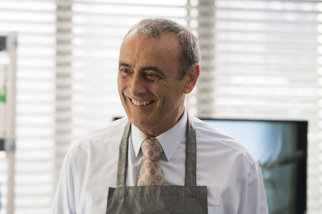 Dr. Vincenzo DeLuca (Lorenzo Caccialanza) - Bildquelle: Mitch Haaseth ABC Studios / Mitch Haaseth