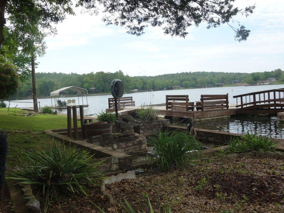 Ein Anwesen am Cherokee Village, Arkansas, ist für Ted und Amanda ein absoluter Traum. Erzielt Makler Jason Rhodes mit seinem ersten Vorschlag  Bung... - Bildquelle: 2015,HGTV/Scripps Networks, LLC. All Rights Reserved