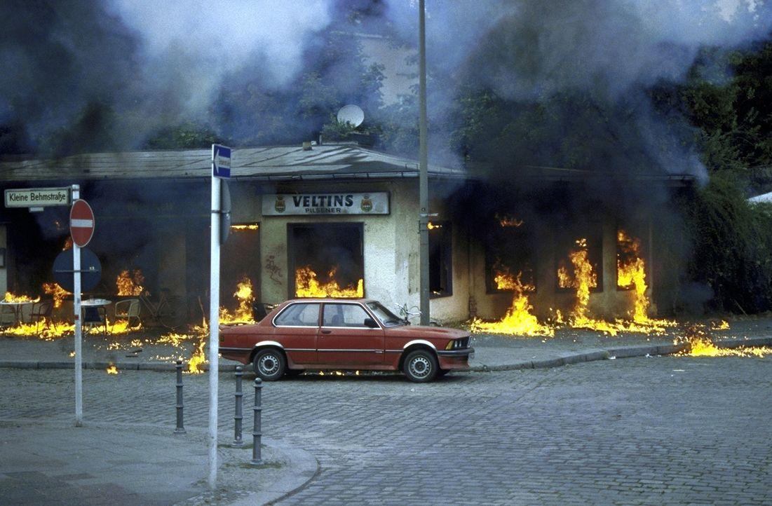 Die Soko übernimmt einen Fall, in dem es um Sprengstoffanschläge geht. - Bildquelle: T. Landgräber ProSieben