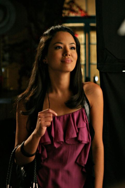 Endlich hat Lauren (Stephanie Jacobsen) das Geld um ihr Medizinstudium zu zahlen - doch was wenn einem der Chef das Leben grundlos zur Hölle machen... - Bildquelle: 2009 The CW Network, LLC. All rights reserved.