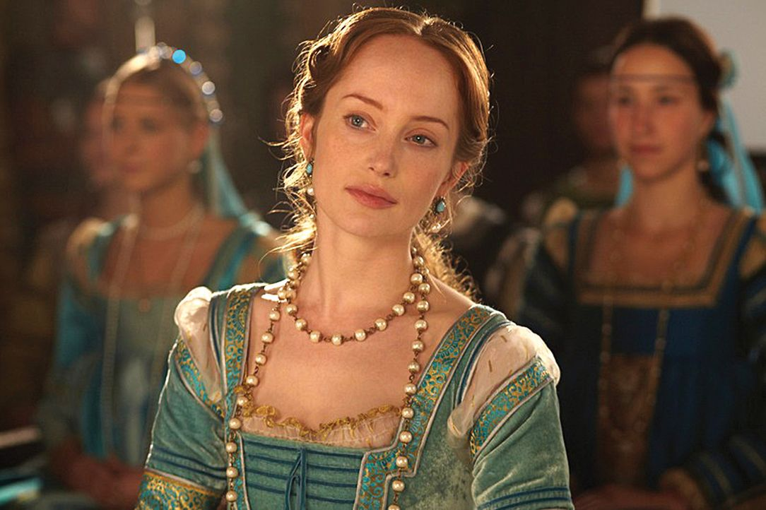 Lässt zu, dass der kleine Joffre verheiratet wird: Giulia Farnese (Lotte Verbeek) ... - Bildquelle: LB Television Productions Limited/Borgias Productions Inc./Borg Films kft/ An Ireland/Canada/Hungary Co-Production. All Rights Reserved.