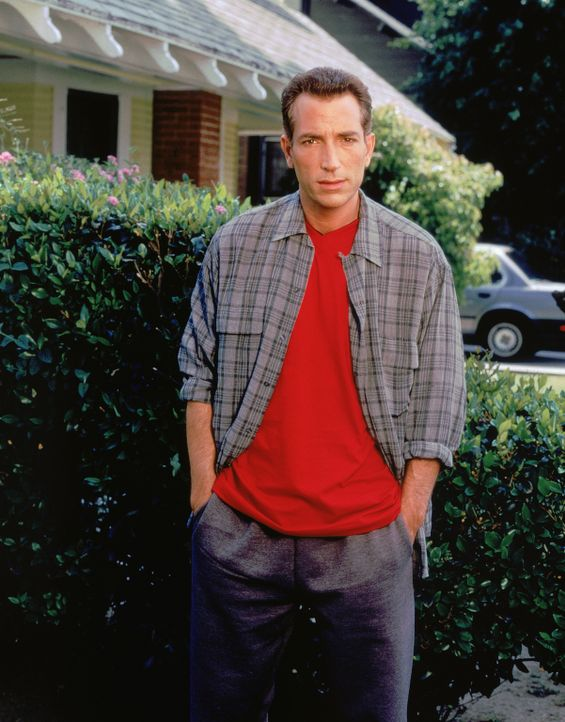 Acht Jahre lang ein Herz und eine Seele und dann der Schlag ins Gesicht: Lou Buttafucco (Sonny Marinelli) ... - Bildquelle: CBS Television