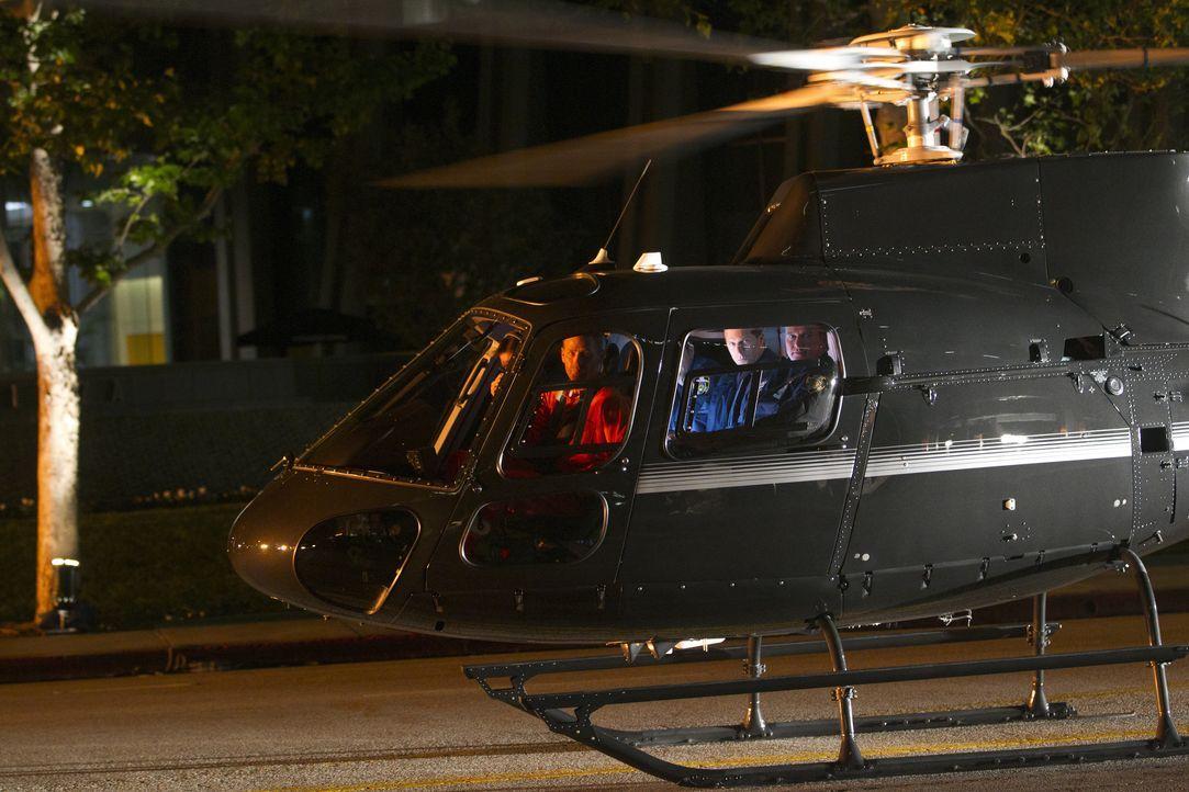 Mit einem Hubschrauber gelingt Hal Lockwood (Max Martini) tatsächlich die Flucht aus dem Gefängnis ... - Bildquelle: ABC Studios