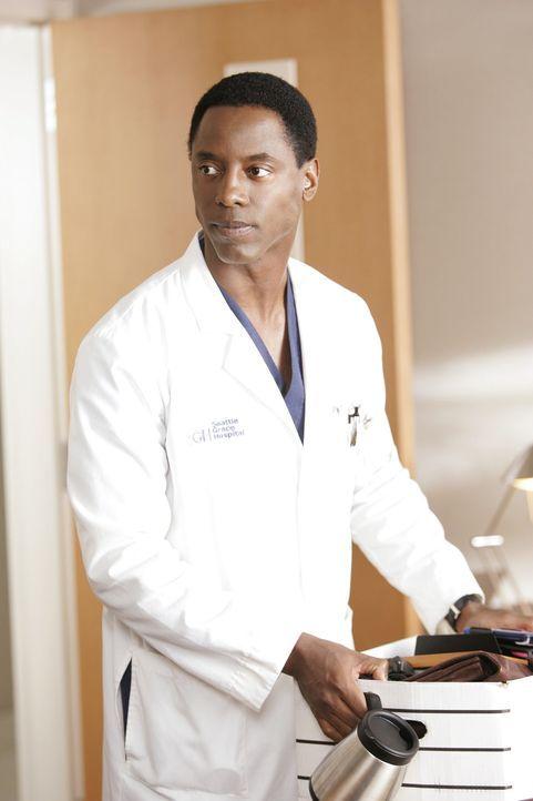 Inzwischen weiß Burke (Isaiah Washington), dass Cristina schwanger war ... - Bildquelle: Touchstone Television
