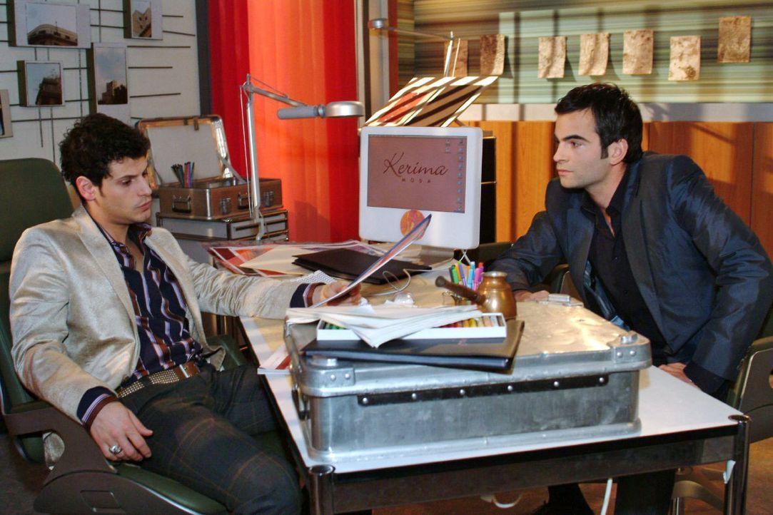 Nach einem Gespräch mit Rokko (Manuel Cortez, l.) wird David (Mathis Künzler, r.) klar, dass er Lisa ungerecht behandelt hat. - Bildquelle: Monika Schürle SAT.1 / Monika Schürle