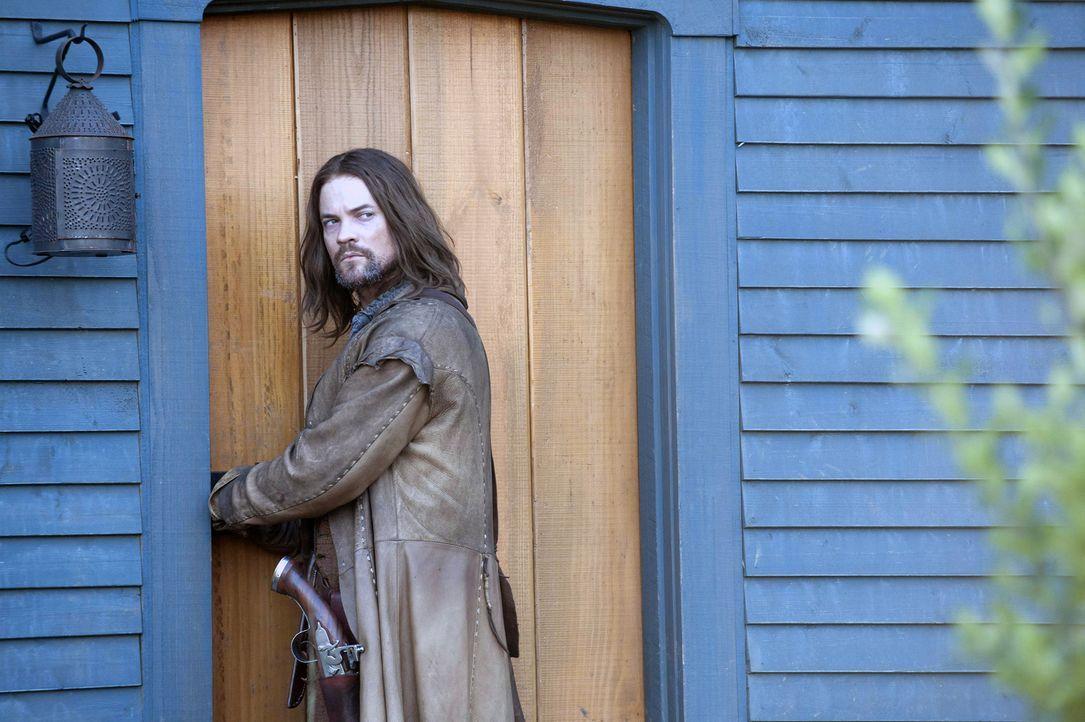 Hexen sollen inmitten der Bürger von Salem leben. John (Shane West) glaubt, dass das nur Märchen sind, bis er eine erschreckende Beobachtung macht. - Bildquelle: 2013-2014 Fox and its related entities.  All rights reserved.