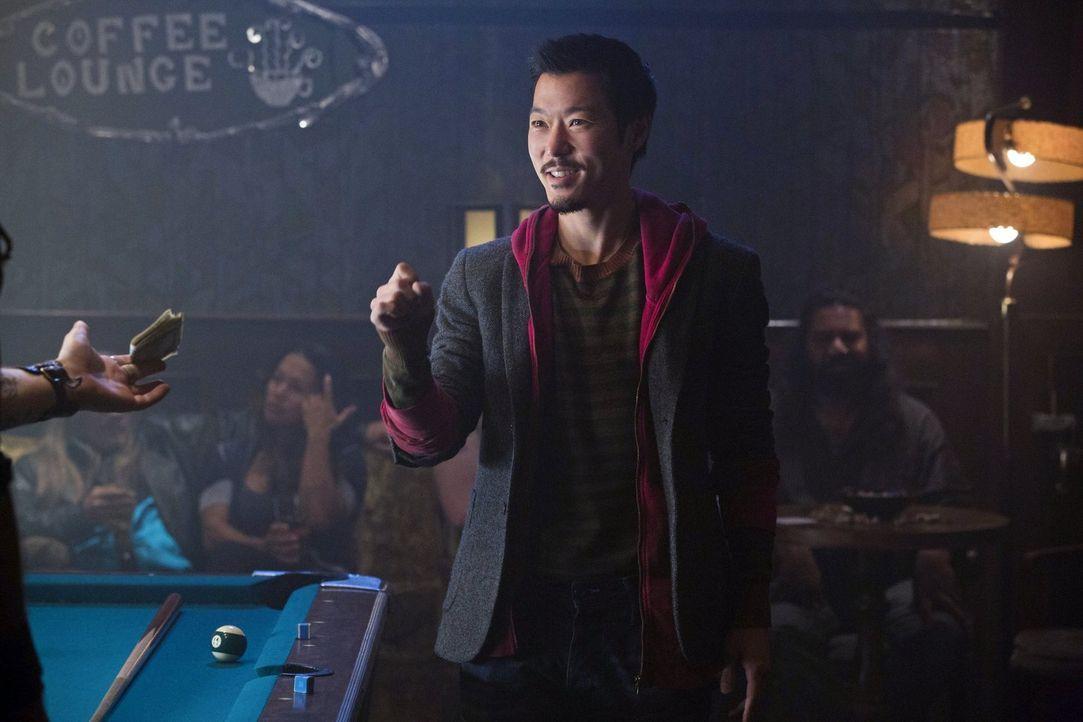 Noch ahnt Russell (Aaron Yoo) nicht, was ihn an dem heutigen Tag noch alles widerfahren wird ... - Bildquelle: Warner Bros. Entertainment, Inc