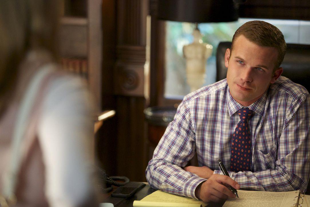 Roy (Cam Gigandet) soll bei einem heiklen Fall richterliche Hilfe leisten, doch das wird schwerer, als zuvor angenommen ... - Bildquelle: 2013 CBS BROADCASTING INC. ALL RIGHTS RESERVED.