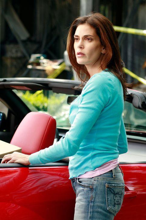 Susan (Teri Hatcher) ist geschockt, als sie mitbekommt, das Mike und Karl sich prügeln ... - Bildquelle: 2005 Touchstone Television  All Rights Reserved