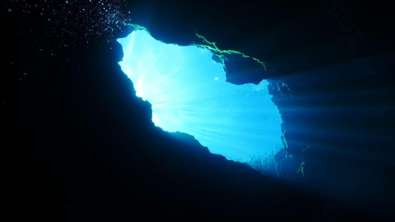 """Um das """"Blue Hole"""" am Grund der """"Ichetucknee Quelle"""" in Florida in seinem strahlenden Blau zu erblicken, muss man tief tauchen ... - Bildquelle: 2017,The Travel Channel, L.L.C. All Rights Reserved"""