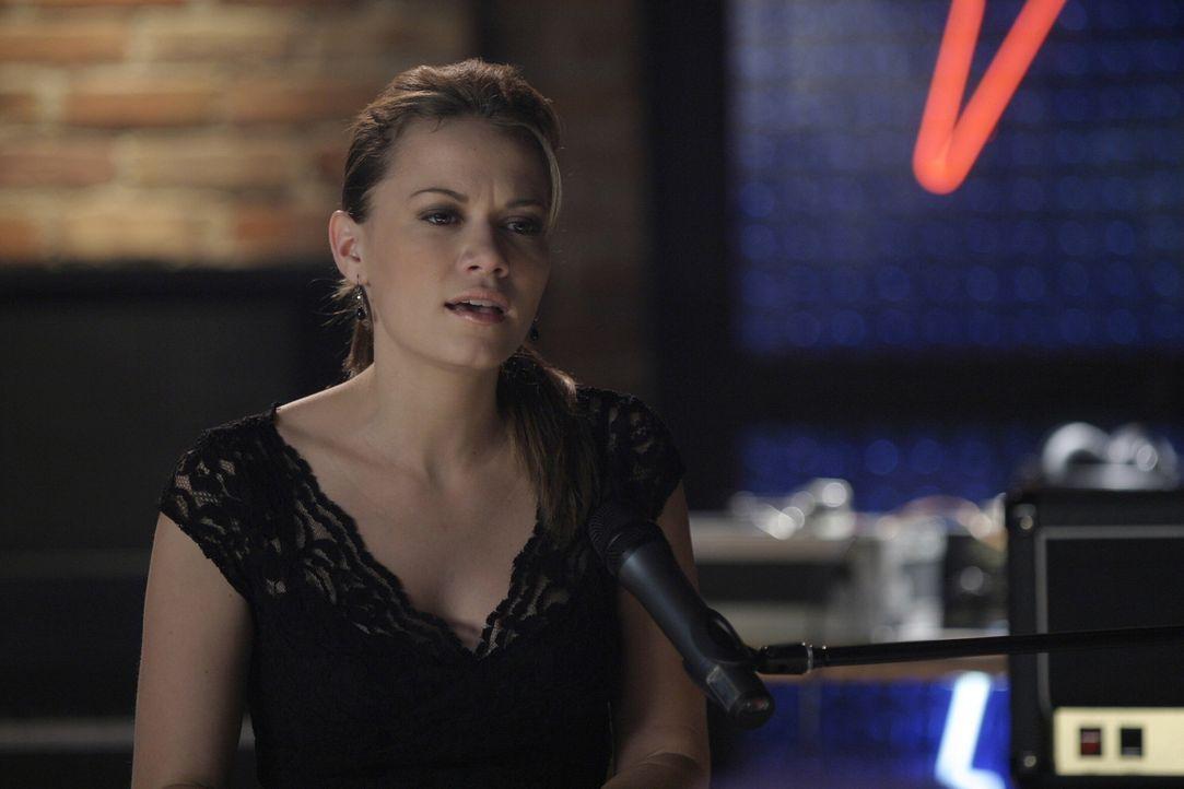 Haley (Bethany Joy Galeotti) legt einen hervorragenden Auftritt hin und wird gefeiert wie ein großer Popstar ... - Bildquelle: Warner Bros. Pictures