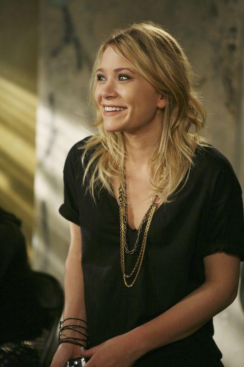 Samantha muss gemeinnützige Arbeit ableisten. Beim Nägelsortieren trifft sie Natalie (Mary-Kate Olsen) und erkennt sofort, dass sie dringend ihre... - Bildquelle: American Broadcasting Companies, Inc. All rights reserved.