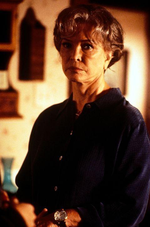 Dolly (Ellen Burstyn), kann es immer noch nicht verstehen, warum Lydia zur Uni geht ... - Bildquelle: CBS Television