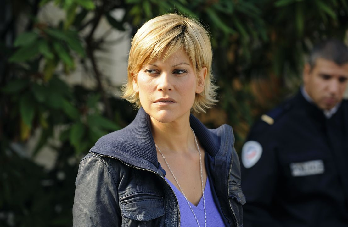 Ermittelt in einem neuen Mordfall: Fred (Vanessa Valence) ... - Bildquelle: 2008 - Beaubourg Audiovisuel/BeFilms/RTBF (Télévision Belge)
