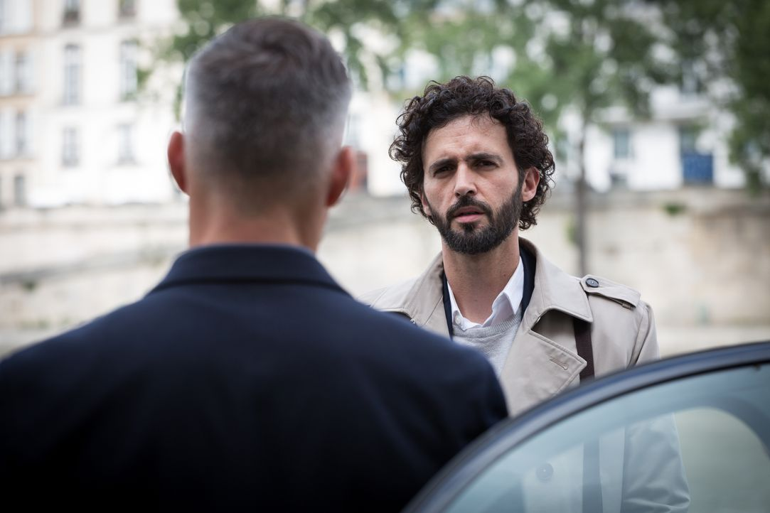 Rocher (Philippe Bas, l.); Hyppolite (Raphaël Ferret, r.) - Bildquelle: Eloïse Legay 2018 BEAUBOURG AUDIOVISUEL / TF1 / Eloïse Legay