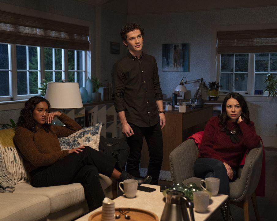 (v.l.n.r.) Caitlin Lewis (Sydney Park); Dylan Walker (Eli Brown); Mona Vanderwaal (Janel Parrish) - Bildquelle: Allyson Riggs 2019 Warner Bros. Entertainment Inc. All Rights Reserved. / Allyson Riggs