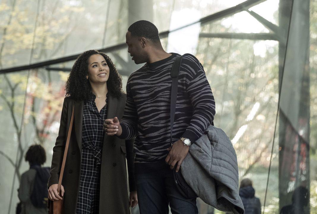 Macy Vaughn (Madeleine Mantock, l.); Galvin Burdette (Ser'Darius Blain, r.) - Bildquelle: Katie Yu 2019 The CW Network, LLC. All Rights Reserved. / Katie Yu
