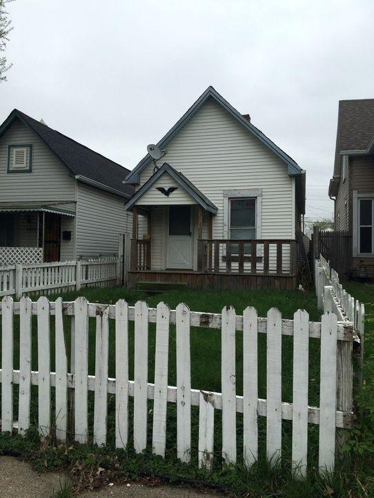 Ein kleines Haus aus dem Jahr 1880 wird zum nächsten Projekt von Karen und Mina ... - Bildquelle: 2016, HGTV/Scripps Networks, LLC. All Rights Reserved.