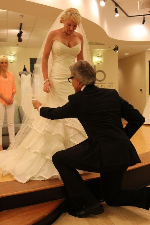 Braut Jennifer hat den Brustkrebs besiegt und möchte an ihrem Hochzeitstag ihre Kurven präsentieren ... - Bildquelle: TLC & Discovery Communications