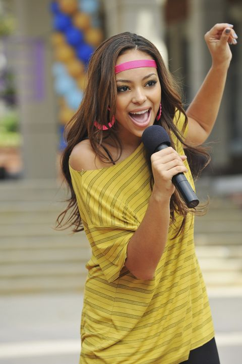 Sorgt für gute Stimmung beim Song Fest: Ashleigh (Amber Stevens) - Bildquelle: 2010 Disney Enterprises, Inc. All rights reserved.