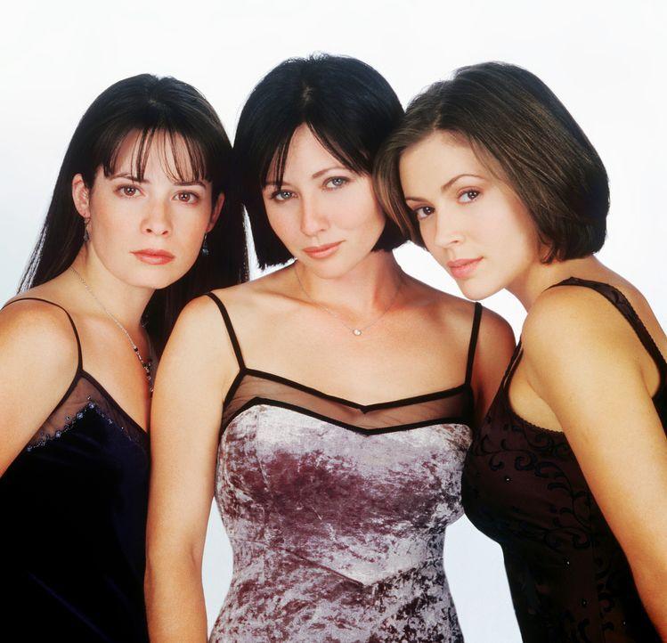 (1. Staffel) - Ein unschlagbares Team: Piper (Holly Marie Combs, l.), Prue (Shannen Doherty, M.) und Phoebe (Alyssa Milano, r.) ... - Bildquelle: Paramount Pictures