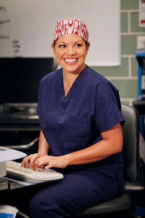 """Im Krankenhaus liegen Siamesische Zwillinge, die in einer aufwändigen OP getrennt werden sollen. Fast alle Ärzte beteiligen sich an dieser """"Jahrhund... - Bildquelle: ABC Studios"""