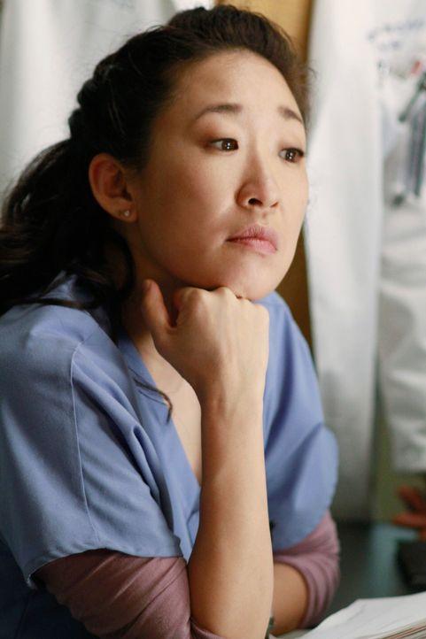 Webber wird regelrecht von Cristina (Sandra Oh), Alex, Jackson und April verfolgt, die alle mit ihm an der Diabetes-Studie arbeiten wollen, um Punkt... - Bildquelle: ABC Studios