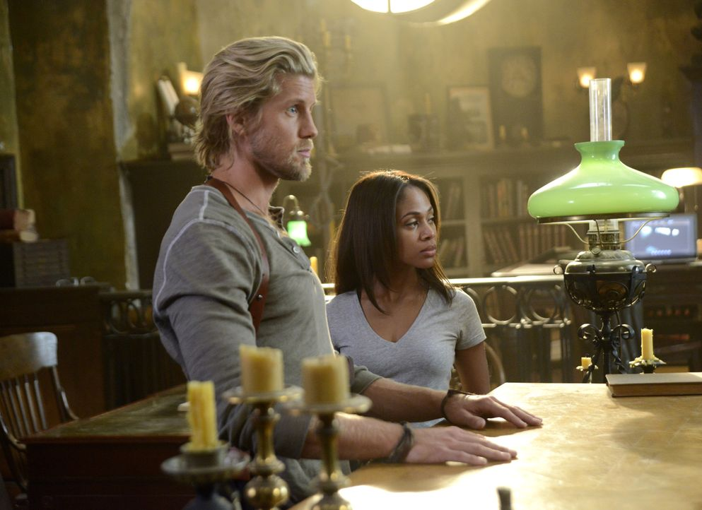 Ein gefährlicher Fall wartet auf Hawley (Matt Barr, l.) und Abbie (Nicole Beharie, r.) ... - Bildquelle: 2014 Fox and its related entities. All rights reserved