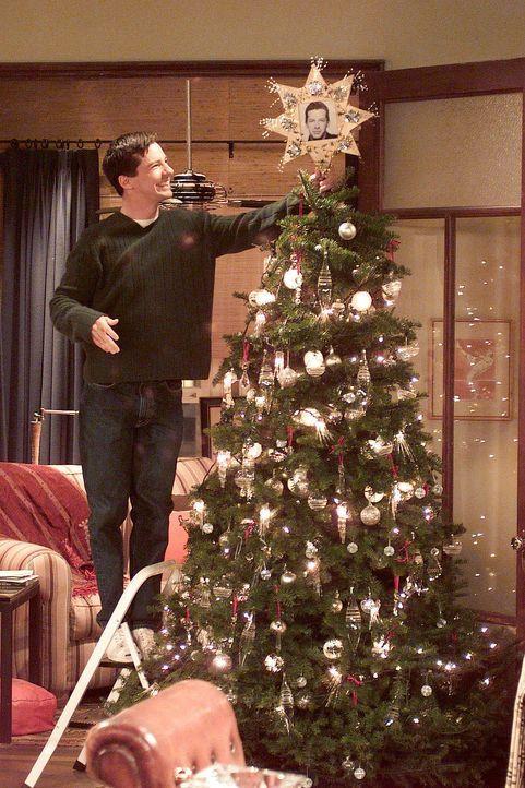 Die Vorbereitungen für das Weihnachtsfest bereiten Jack (Sean Hayes) große Freude ... - Bildquelle: NBC Productions