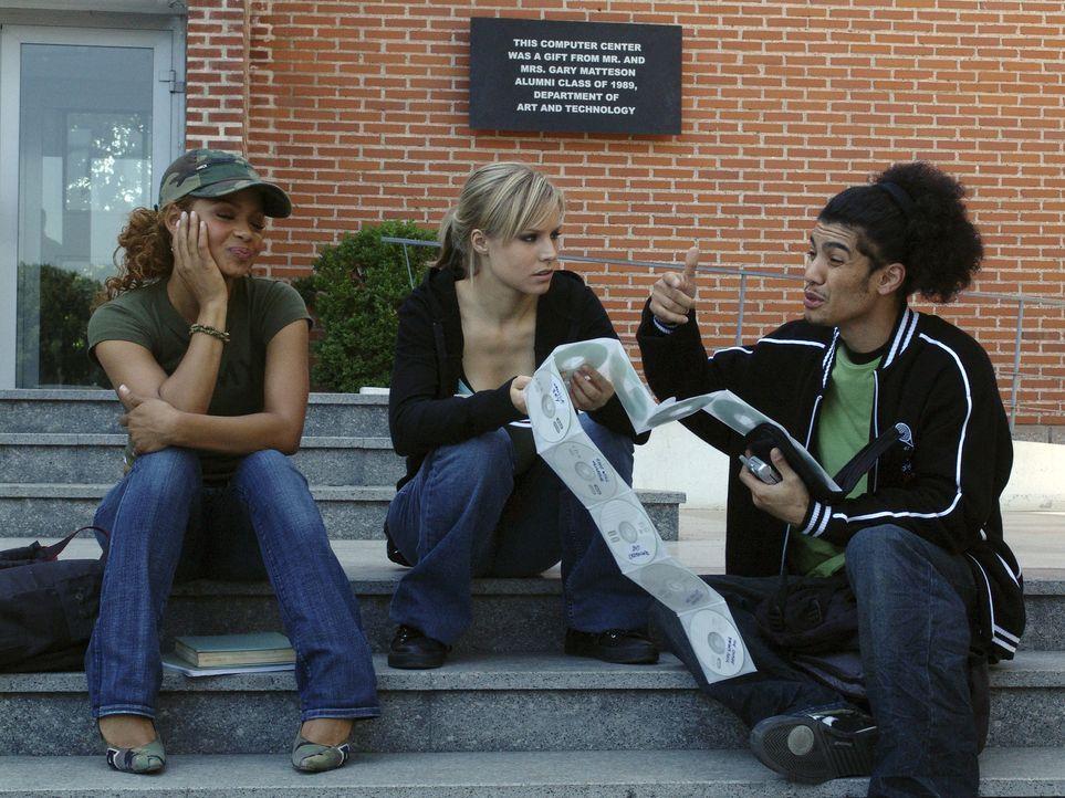 Noch ist die Welt der College-Clique, (v.l.n.r.) Isabell (Christina Milian), Mattie (Kristen Bell) und Stone (Rick Gonzales), total in Ordnung. Doch... - Bildquelle: The Weinstein Company