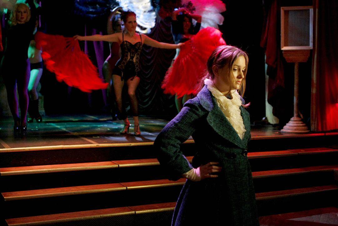 Nach seinem Höllentrip in einer Opiumhöhle in Thailand will Blair (Leighton Meester) ihm wieder auf die Beine helfen. Doch Chuck will davon nichts w... - Bildquelle: Warner Brothers