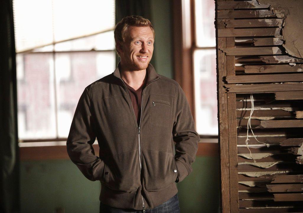 Hat mit Cristinas Selbstzweifeln auch außerhalb des Krankenhauses zu kämpfen: Owen (Kevin McKidd) ... - Bildquelle: ABC Studios