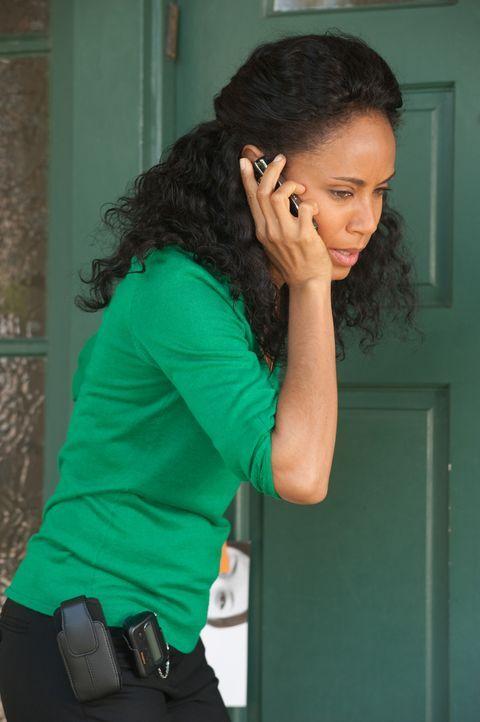 Christinas (Jada Pinkett Smith) Patientin macht den Eindruck, als würde sie von ihrem Freund geschlagen werden. Doch als die tatsächliche Ursache... - Bildquelle: Sony 2009 CPT Holdings, Inc. All Rights Reserved