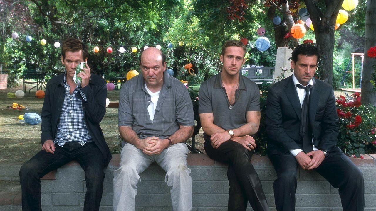 Die Frauen in ihrem Leben sorgen für einige Schwierigkeiten: (v.l.n.r.) David (Kevin Bacon), Bernie (John Carroll Lynch), Jacob (Ryan Gosling) und C... - Bildquelle: Warner Bros.