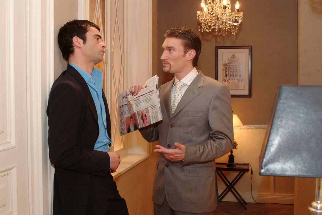 """Richard (Karim Köster, r.) konfrontiert David (Mathis Künzler, l.) mit einem Zeitungsartikel, in der ein Verriss der Kollektion von """"Kerima-Moda""""... - Bildquelle: Sat.1"""