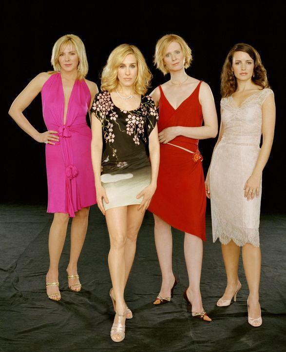(6. Staffel) - Liebe, Sex und Shopping bewegt erneut die vier Freundinnen (v.l.n.r.) Samantha (Kim Cattrall), Carrie (Sarah Jessica Parker), Miranda... - Bildquelle: Paramount Pictures