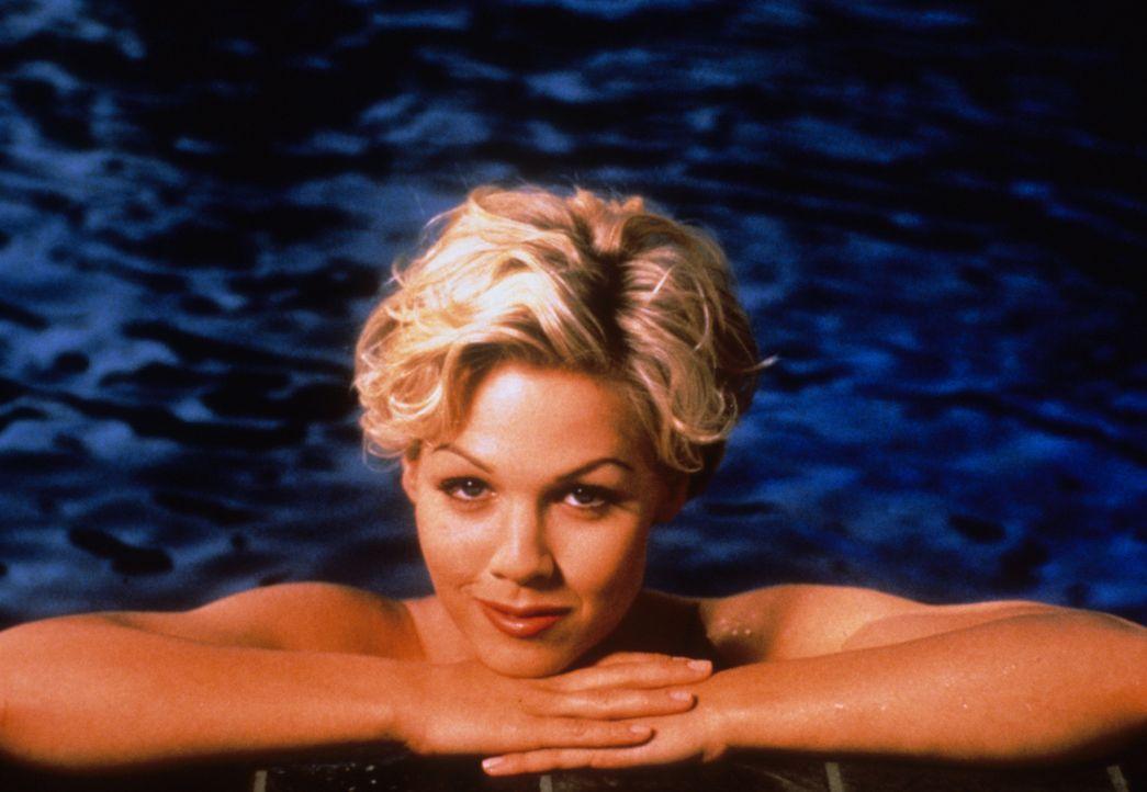 (6. Staffel) - Will ihr Leben wieder in geregelte Bahnen lenken: Kelly Taylor (Jennie Garth) - Bildquelle: Paramount Pictures